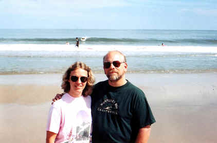 Nick n Bea at Atlantic Ocean.tif (385914 bytes)